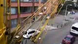 мобильный башенный кран(, 2009-07-14T09:01:06.000Z)