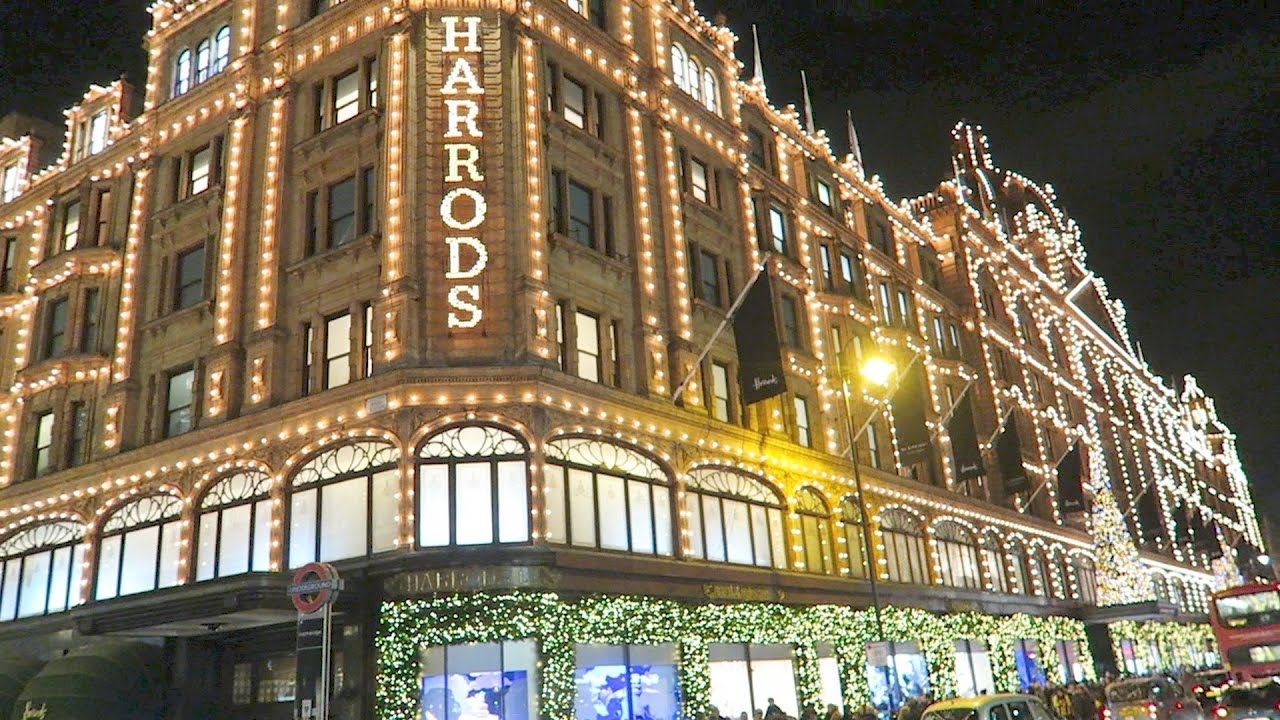 harrods christmas shop windows lights london luxury shopping youtube. Black Bedroom Furniture Sets. Home Design Ideas