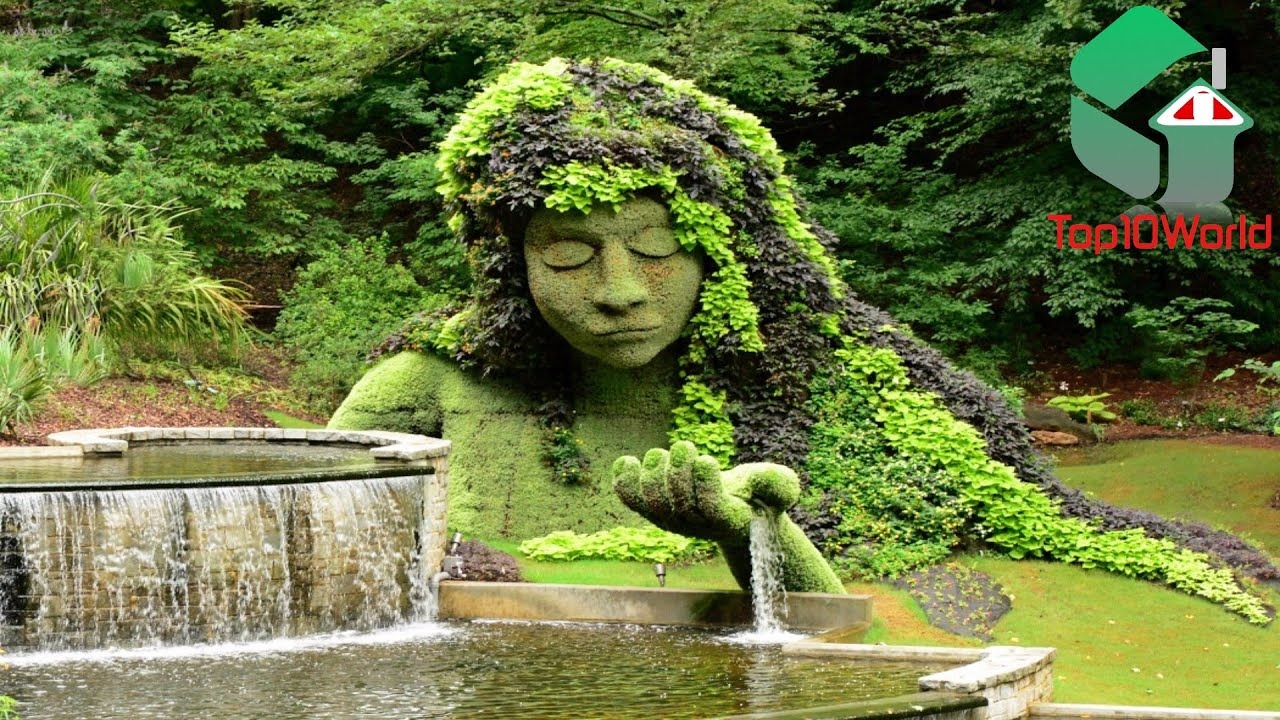 10 Most Amazing Botanical Gardens