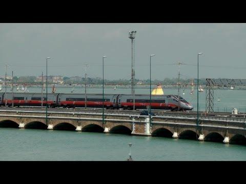 Frecciargento sul Ponte della Liberta' Venezia \ Frecciargento Trains on Freedom Bridge Venice
