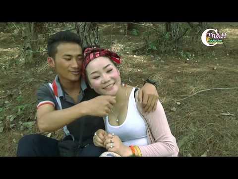 Short Film Deeev Tag Tsis Tau Yuav  Ces Mus Dai Tuag  3
