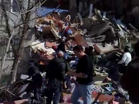 Обрушение дома в Астрахани (Первые секунды)
