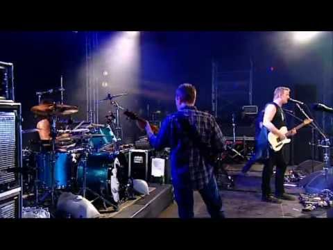 Them Crooked Vultures -  Reading Festival 2009 ( Full Concert)