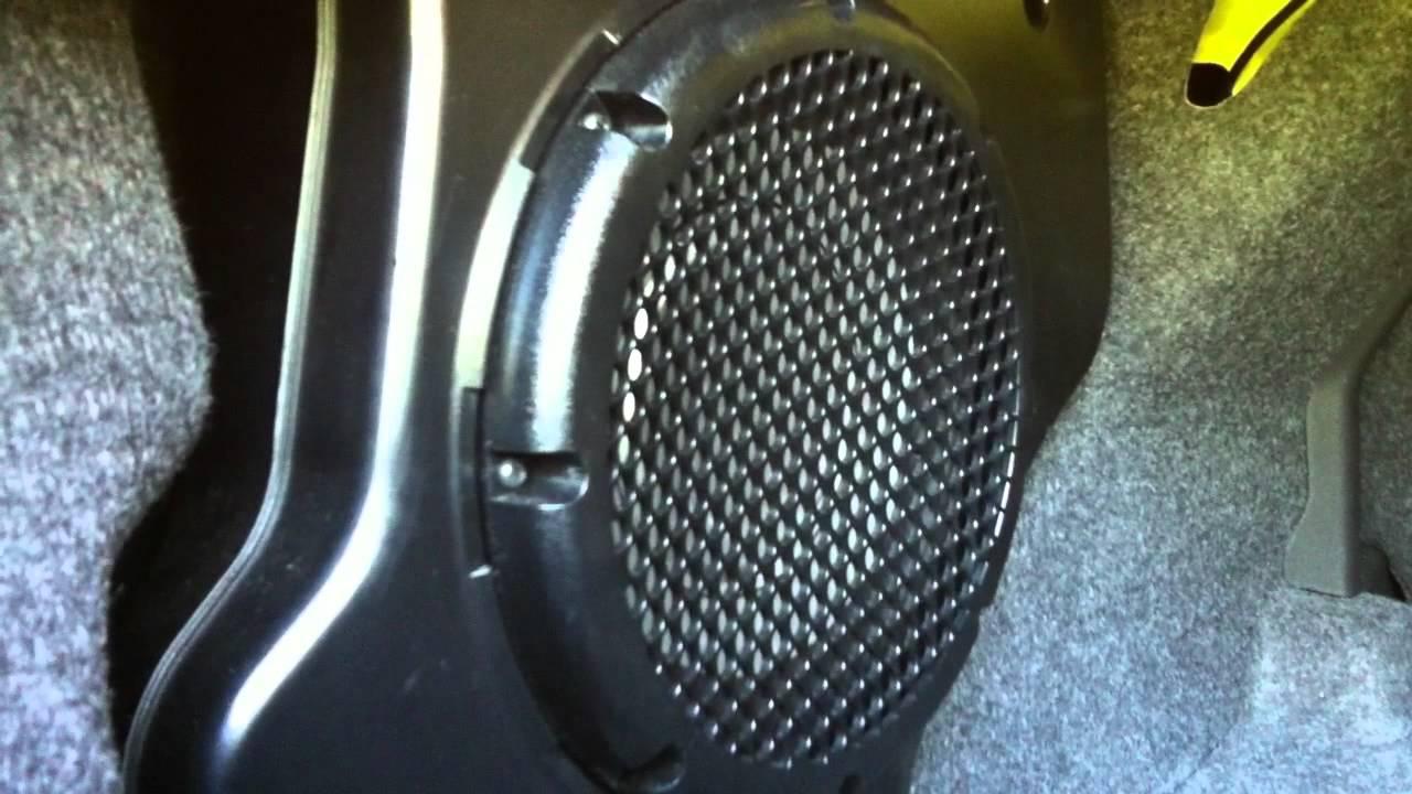 Stock 2009 Cobalt SS Sound System on