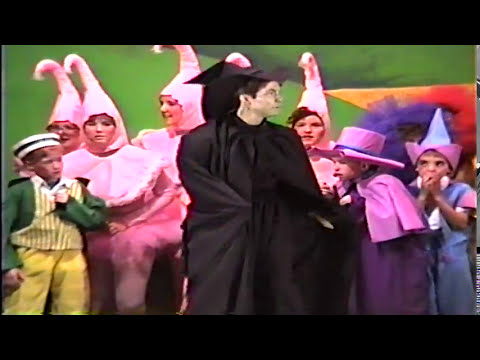 Carlinville High School - Wizard of Oz Play 1991 - Part 1
