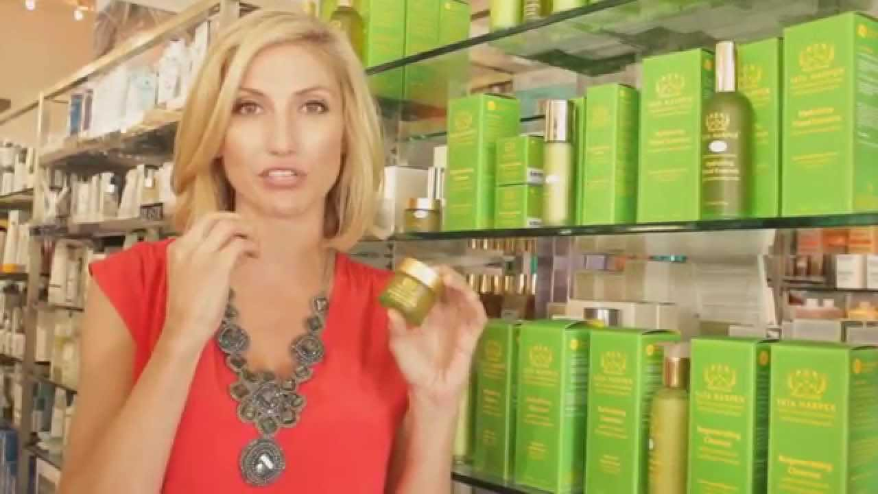 tata harper resurfacing mask at beauty collection stores youtube. Black Bedroom Furniture Sets. Home Design Ideas