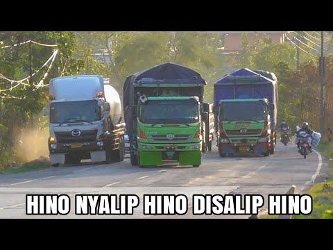 Truk Besar Panjang Muatan Berat trailer Hino Nisan Big Thumb Gandengan Hino Ditanjakan Punggur