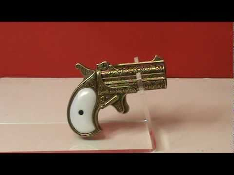 Remmington Double-Barrel Derringer Replica  mpg