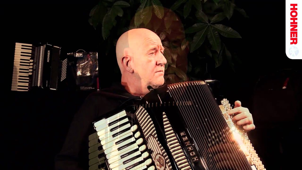 Manfred Leuchter- HOHNER Masters of Accordion