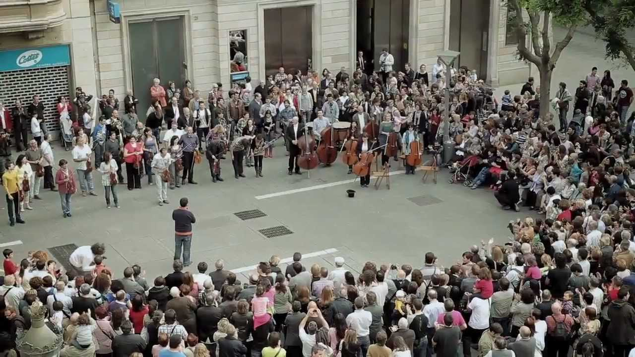 The most interesting flash mob in history 50
