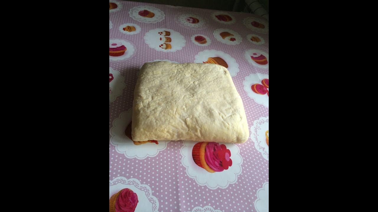 какое тесто лучше слоеное дрожжевое или бездрожжевое для наполеона