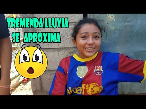 OMG!! TREMENDA LLUVIA QUE SE APROXIMA - LAURA LE DA MIEDO LOS TRUENOS - P / 1 thumbnail