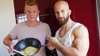 Muskeln wachsen in der Küche! Fabi´s Lieblingsrezept I Flavio Simonetti