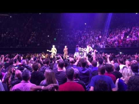 U2 Angel Of Harlem, Inglewood 2015-05-31 - U2gigs.com