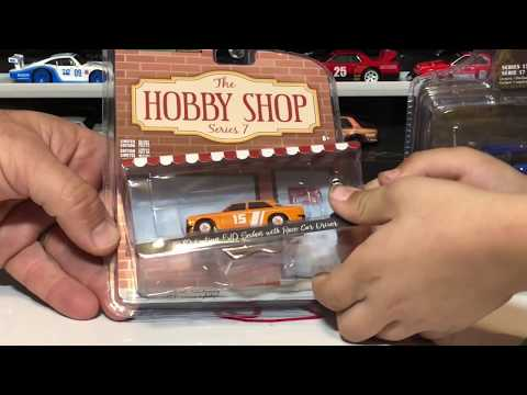 Adult Collectable Diecast Review: Greenlight Datsun 510, Chevy Astrovette, Nissan Patrol, SVT F150