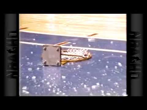 Darryl Dawkins breaks backboard twice TtJawsitMsA