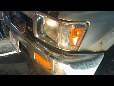 Headlight replacement 1989 Toyota Pickup