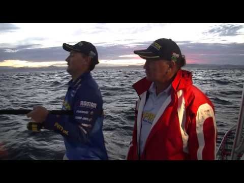 Fishing For Snapper Using Cubes - Reel Action TV
