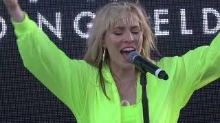 "Natasha Bedingfield - ""Weightless"" (Live in Oceanside 7-27-19)"