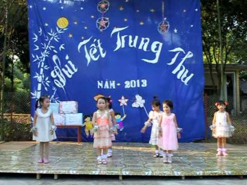 Vầng Trăng Yêu Thương- Do các cháu thiếu nhi Trường Mầm Non Họa Mi Vĩnh Hảo - Bắc Quang - Hà Giang