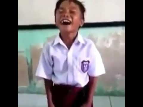 Vidio lucu. Anak sekolah nyanyi tum hi hooo