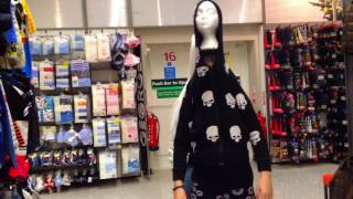Mannequin Head Dance|All I want for Christmas
