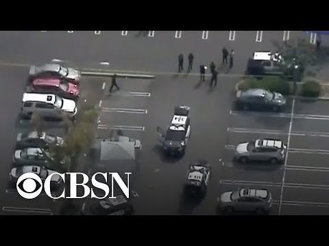 Download Manhunt underway for suspect in California university stabbing Mp4 baru