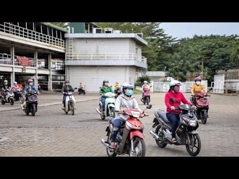 Vietnam Factories Face Workers Exodus Amid Pandemic