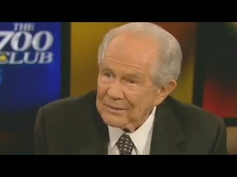 Pat Robertson: You can get AIDS from towels