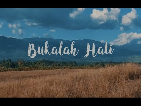Download RMX ft Monita & Gaby – Bukalah Hati Mp3 (4.92 MB)