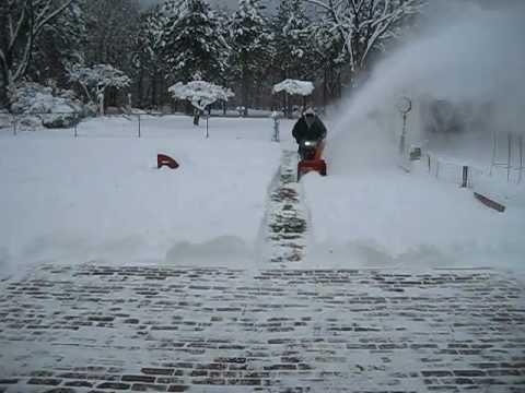 Husqvarna 924HV Snowblower In 14 Inches Of Snow!