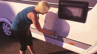 Wohnwagen Hobby DeLuxe 490 KMF #2 Frischwasser und Chemietoilette