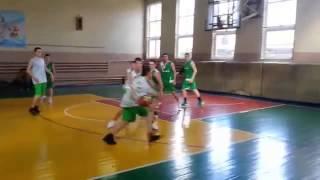 Чемпионат Одессы по баскетболу среди школьников 106 я против 38 й(баскетбол|броски|игра|баскетбол смешной|лучший|баскетбол под| баскетбол обзор|видео|голы|баскетбол для|ба..., 2015-06-10T19:51:51.000Z)