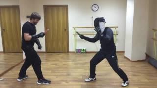 Урок 2. Спортивный ножевой бой. Тактика выхода на дистанцию атаки.