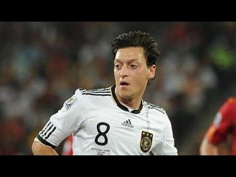 エジル(サッカー・ドイツ代表)はあの人の生まれ変わり?