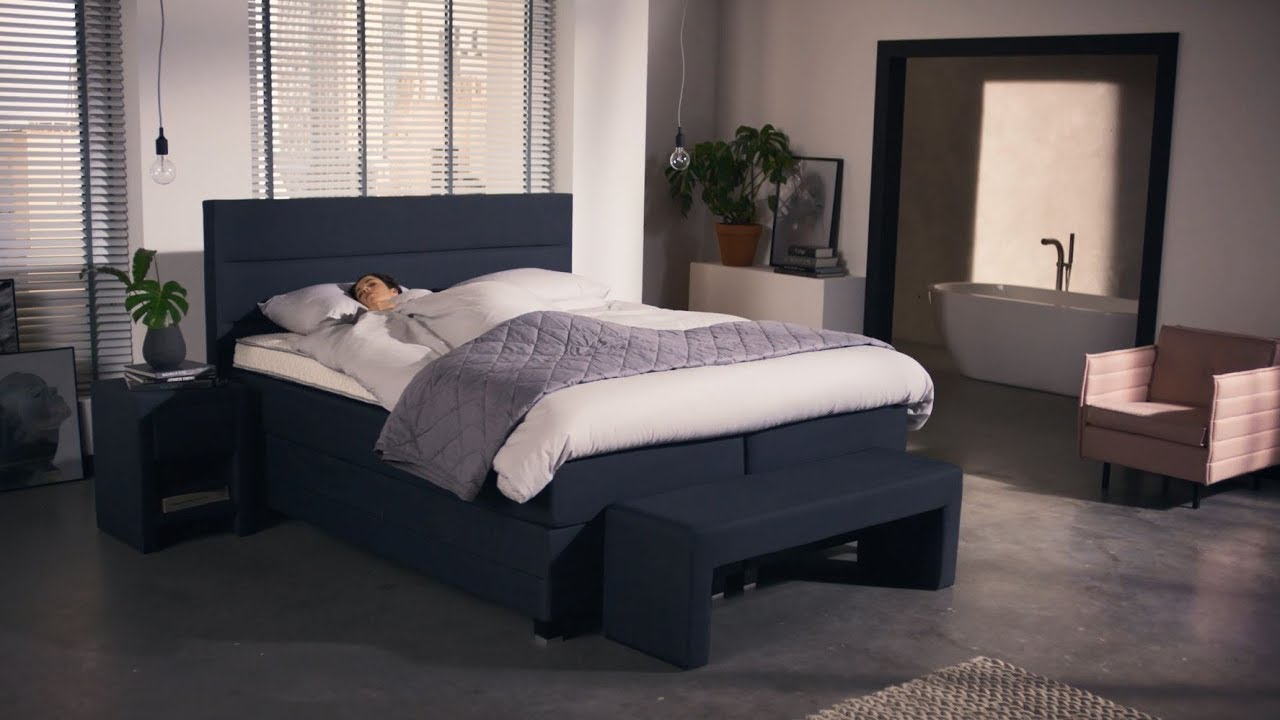 produktvideo jubil ums boxspringbett edition ii swiss sense youtube. Black Bedroom Furniture Sets. Home Design Ideas