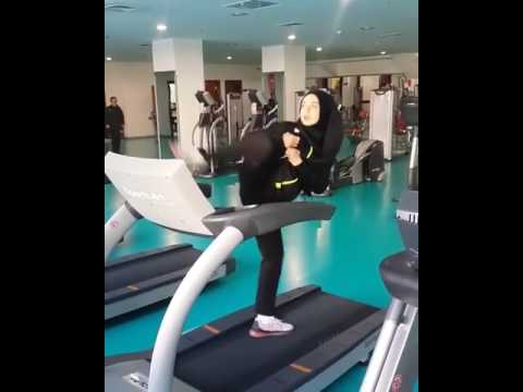 Muslim girl at the gym