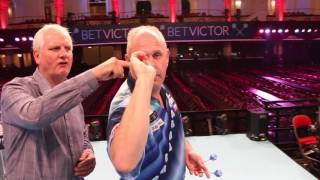"How To Play Darts | ""My Throw"" with Ian White"