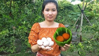 Awesome Bell Pepper Omelet | Cooking Duck Egg in Bell Pepper | Natural Life