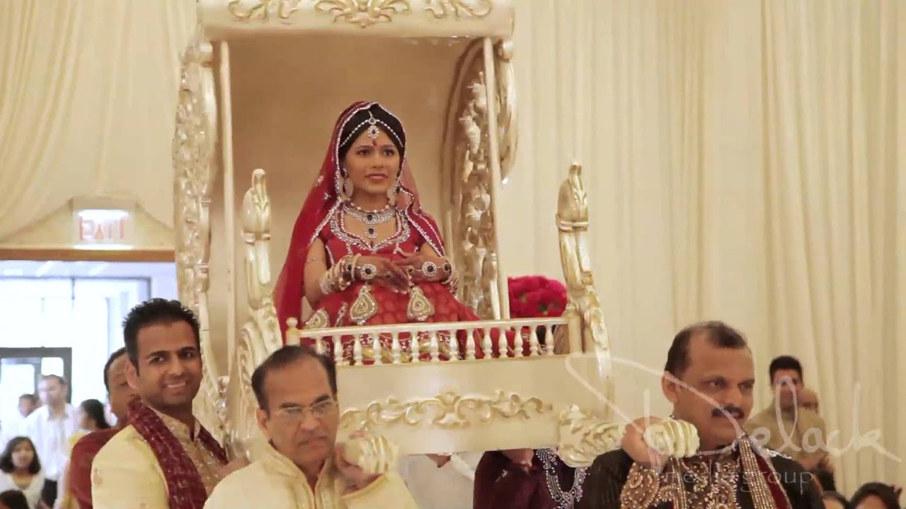 Amazing Doli Entrance 17 Degree Wedding Planners Offer Same In Ranchi
