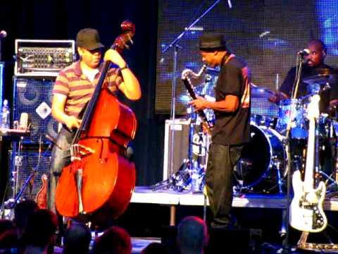 Tutu by Miller, Clarke and Wooten on Bratislava Jazz Days 2008