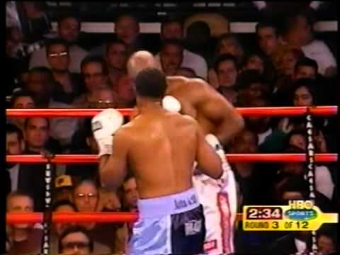 """Evander """"The Real Deal"""" Holyfield vs Chris Byrd - Heavyweight Championship - Rounds 1 - 7"""
