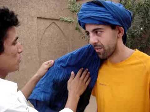 Como se pone un turbante por ismael berber youtube - Como se tapiza un cabecero ...
