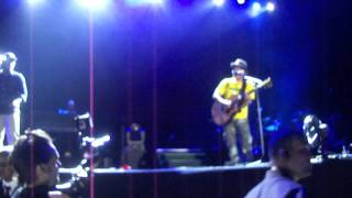Bruno Mars - The Lazy Song and Oh If I Catch You - Rio de Janeiro - 25/01/2012