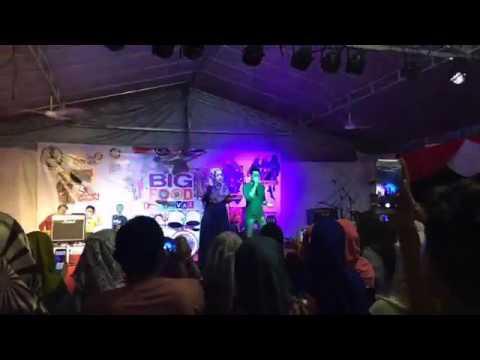 Khai bahar ft Najwa Latif - Event big food festival 2016