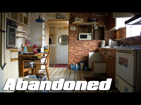 Thumbnail: ABANDONED House - EVERYTHING Left Behind ! Old Polish Family Home
