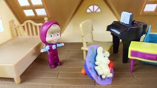Mashanın Oyun Evi Maşa Evcilik Oynuyor Masha Ve Ayı