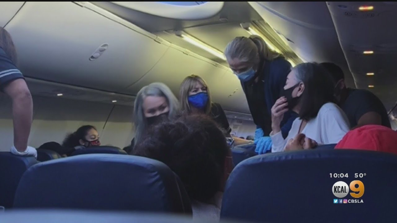 United Arlines Passenger That Died From Alleged COVID Complications Was Given CPR  [VIDEO]