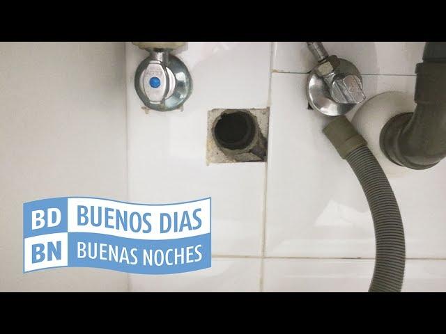 Cómo instalar el tubo de desagüe de la lavadora