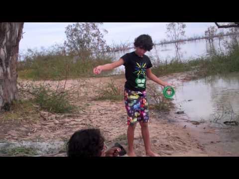 Nganturu nhaartalaana — Andrew goes fishing